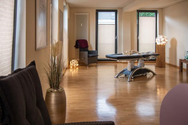 Praxis für Osteopathie und Naturheilkunde Werner Zender in Göttingen (Massage)